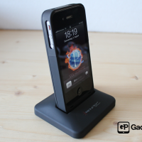 Spyder Battery Case Charge Sync Dock